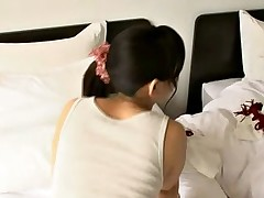 Japanese Brunette - fun in bed
